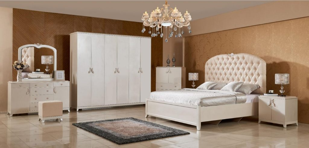 Go For Classic Pieces Of Furniture
